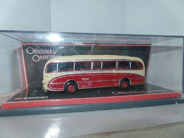 Corgi OOC 40306 AEC Regal  Burlingham Seagull Happiways Bournemouth